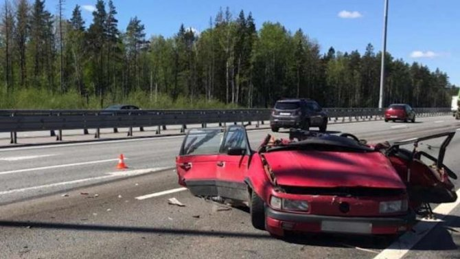 Задним ходом по КАД – в ДТП погиб водитель иномарки