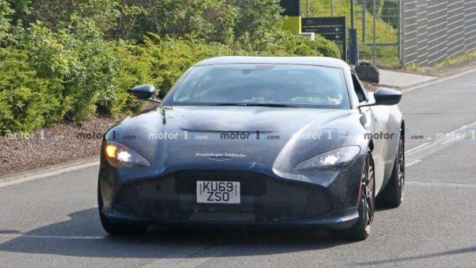 Начались испытания эксклюзивного купе Aston Martin DBSGT Zagato
