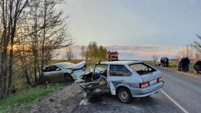 Два водителя пострадали в ДТП в Самарской области