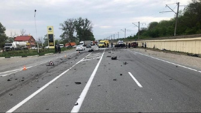 На Кубани в ДТП с фурой погиб молодой водитель