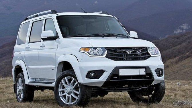 УАЗ ворвался в топ-10 производителей, не продав за месяц и тысячи своих автомобилей