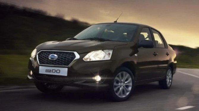 Падение рубля: вновь подорожали автомобили Datsun
