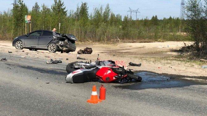 В ДТП под Сургутом погиб мотоциклист