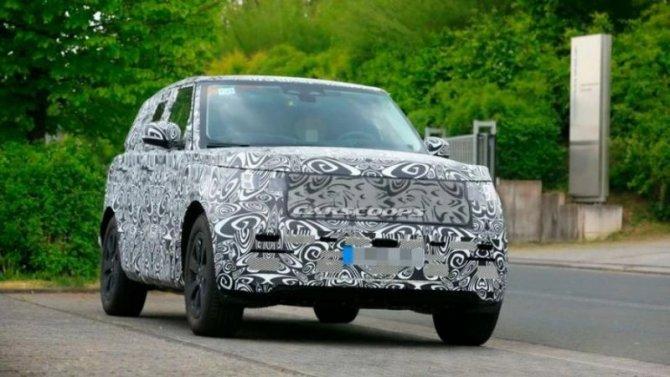 Натесты выехал Range Rover нового поколения
