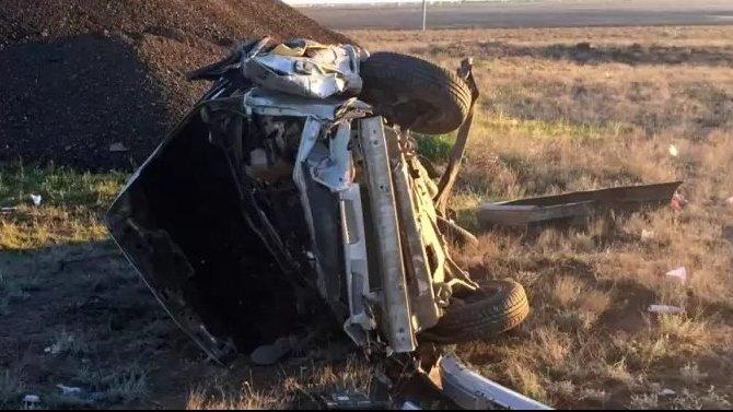 Два молодых человека погибли в ДТП под Астраханью