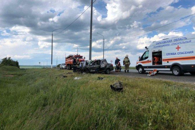 Пассажирка такси погибла в ДТП под Саратовом (1)