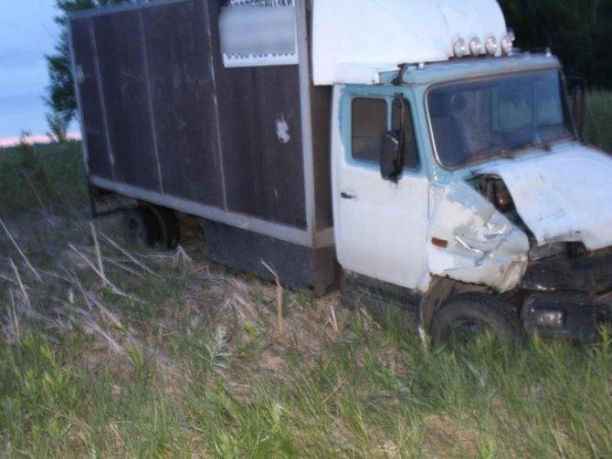 Молодой тракторист погиб в ДТП в Омской области (2)