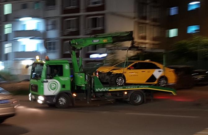 ДТП в Чертаново такси 15 июня