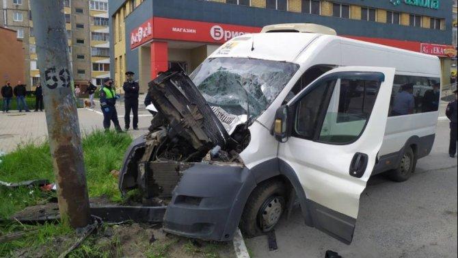В ДТП в Йошкар-Оле погиб водитель маршрутки