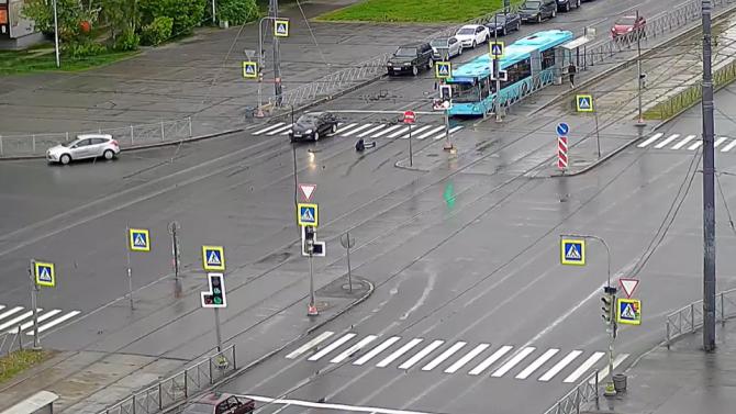 На юге Петербурга сбили пешехода