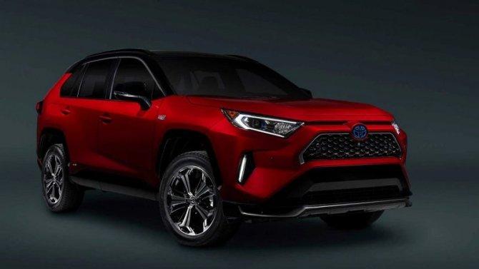 Начались продажи Toyota RAV4 Prime
