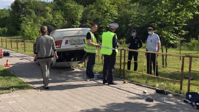 В Хабаровске пьяный водитель насмерть сбил мужчину и 3-летнего ребенка