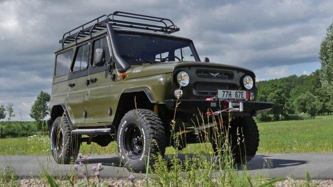 Падение рубля: вРоссии подорожали «УАЗы»