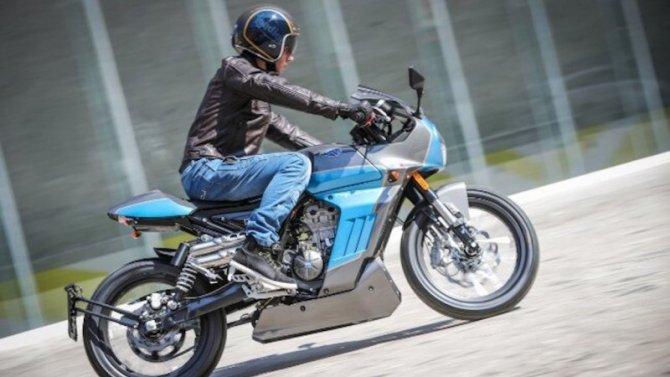 Фирма Aprilia представила свой новый мотоцикл