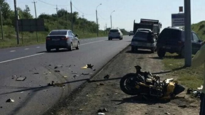 Мотоциклист пострадал в ДТП под Саратовом