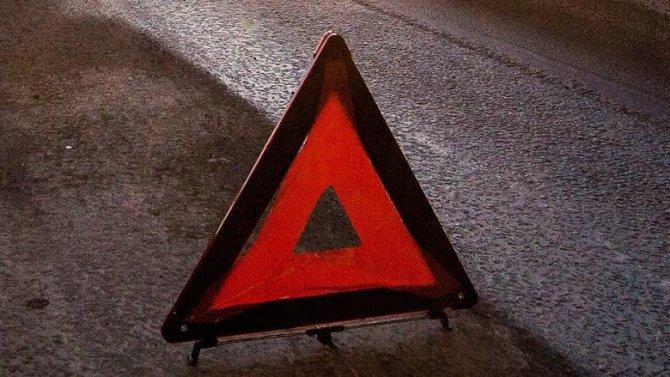 Мотоциклист с пассажиркой пострадали в ДТП под Курском
