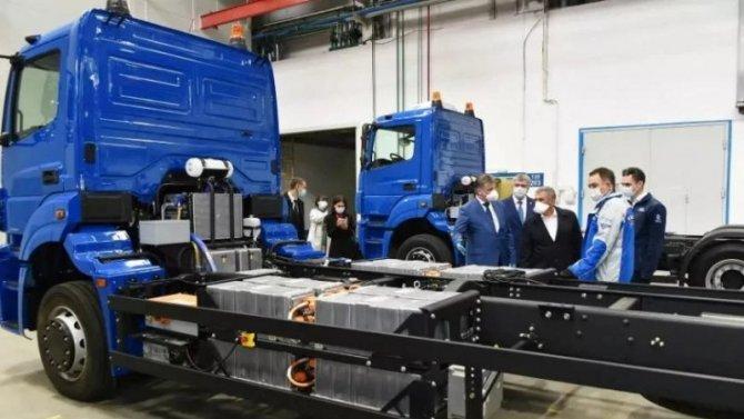 Винтернет попали снимки электрических грузовиков КамАЗа
