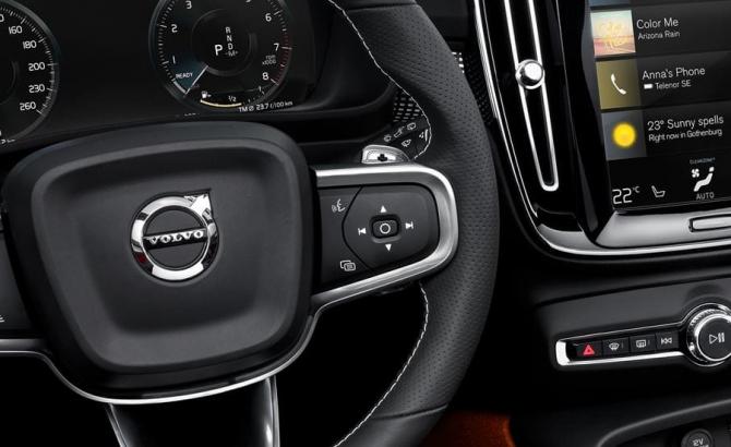 Volvo XC40 салон