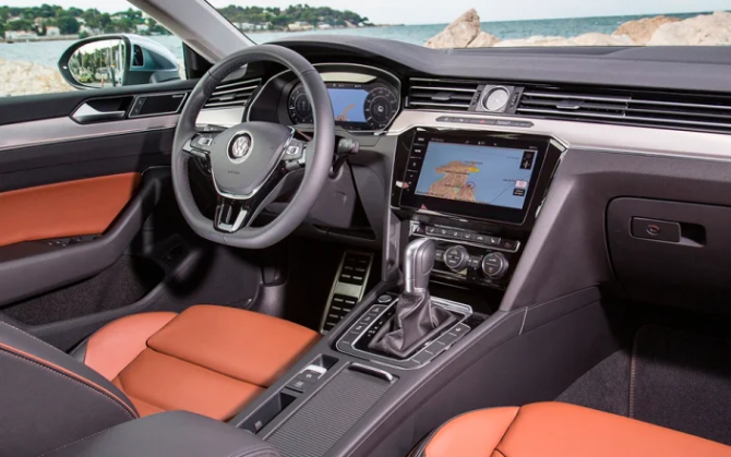 Volkswagen Arteon салон