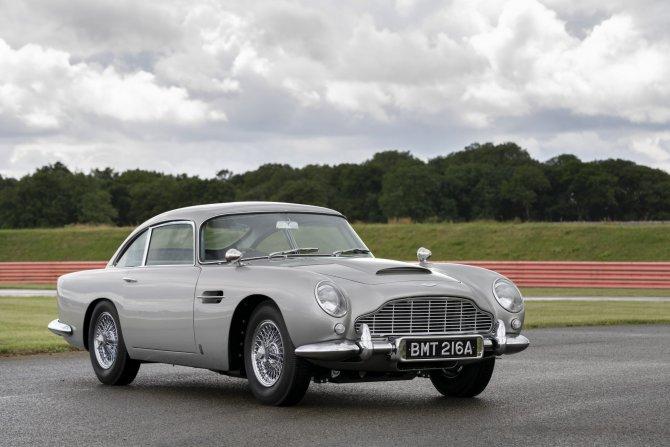 Aston Martin DB5 Goldfinger - автомобиль Джеймса Бонда 3