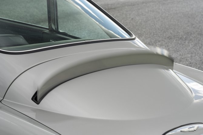 Aston Martin DB5 Goldfinger - автомобиль Джеймса Бонда 10