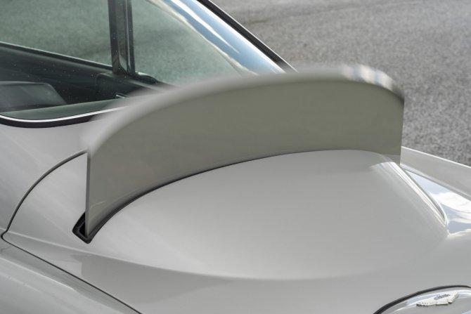 Aston Martin DB5 Goldfinger - автомобиль Джеймса Бонда 8