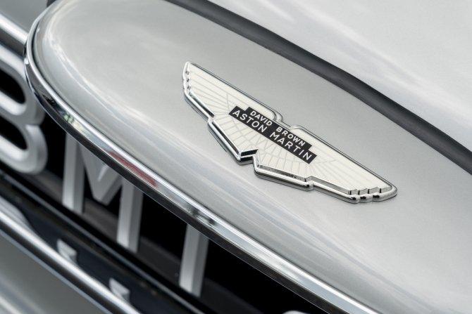 Aston Martin DB5 Goldfinger - автомобиль Джеймса Бонда 26
