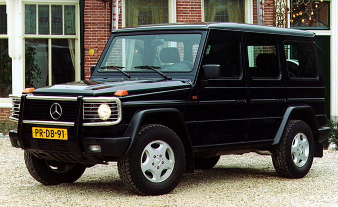 3 Mercedes-Benz G-Class 1990 года