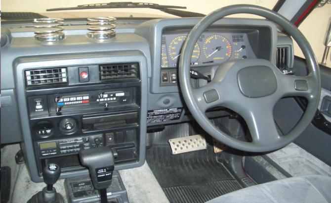 9 Салон Nissan Safari