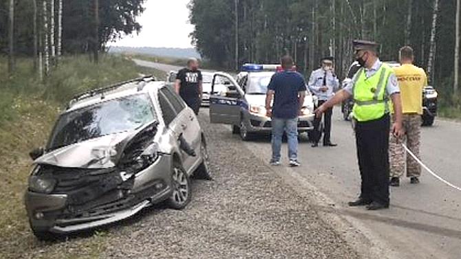 ВСвердловской области 17-летний пешеход неожиданно попал под машину