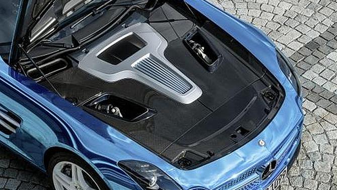 Mercedes-Benz потратит 10млневро надолю вкитайском производителе аккумуляторов, который построит новый завод вГермании