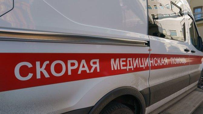 В Саратове автомобиль сбил двух девушек