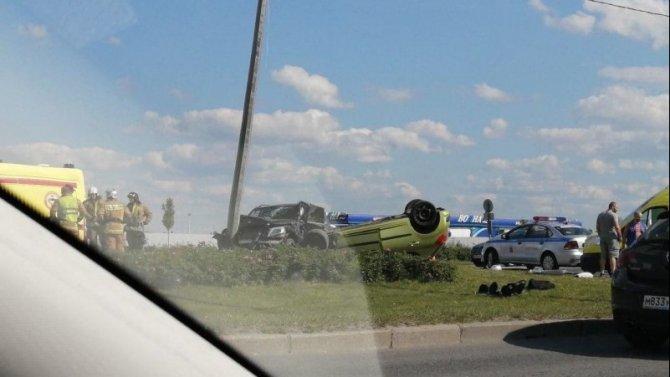 Двое детей и мужчина пострадали в ДТП на Пулковском шоссе
