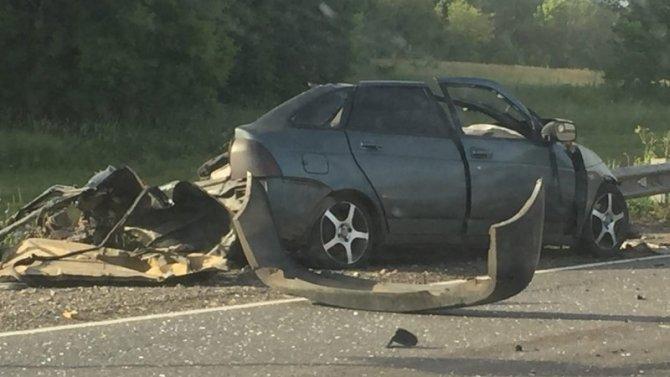 Два человека погибли в ДТП с грузовиком под Тольятти