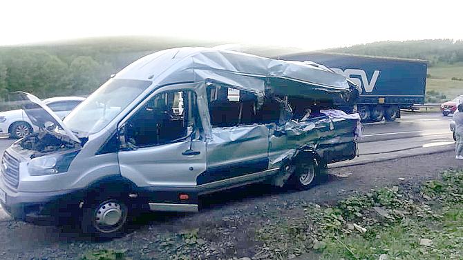 ДТП сфурой имаршруткой вБашкирии— погибли две пассажирки автобуса