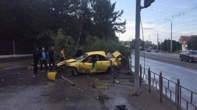В ДТП в Омске погиб водитель иномарки