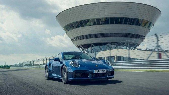 Известны рублёвые цены нового Porsche 911 Turbo