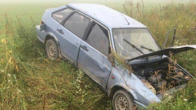 Под Новгородом вДТП пострадали два подростка, нонеясно, кто был зарулём