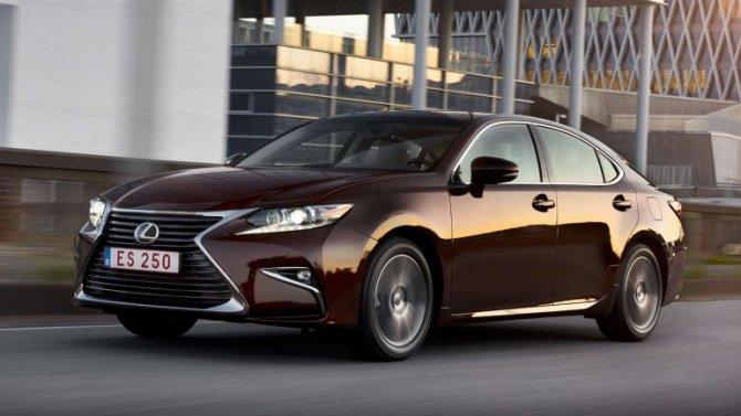 Изменились рублёвые цены четырёх моделей Lexus