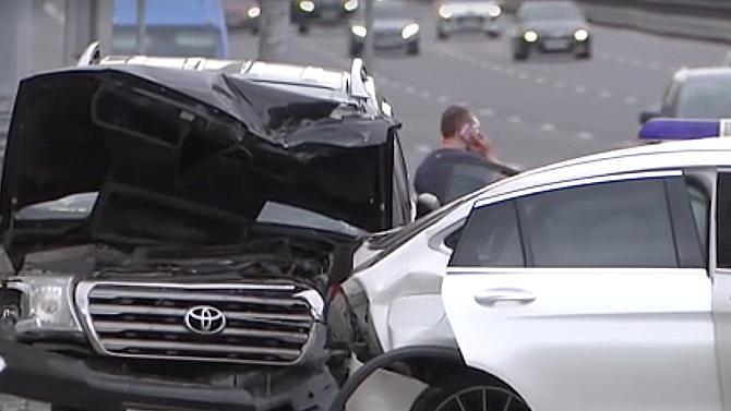ВМоскве водитель из-за приступа астмы протаранил сразу 6 автомобилей