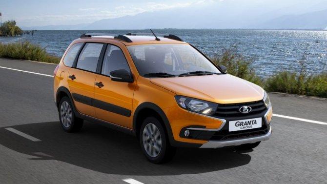 «АвтоВАЗ» отметил рост продаж своих машин
