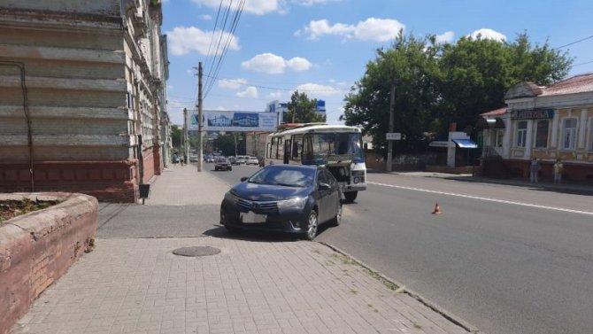 Ребенок пострадал в ДТП с маршруткой в Курске