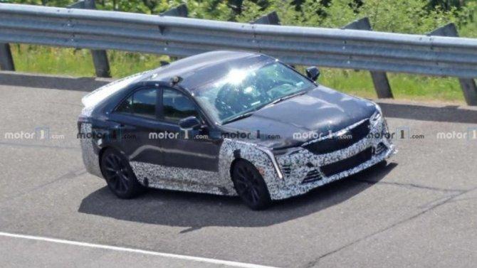 Начались испытания нового спорт-седана Cadillac CT4-V Blackwing