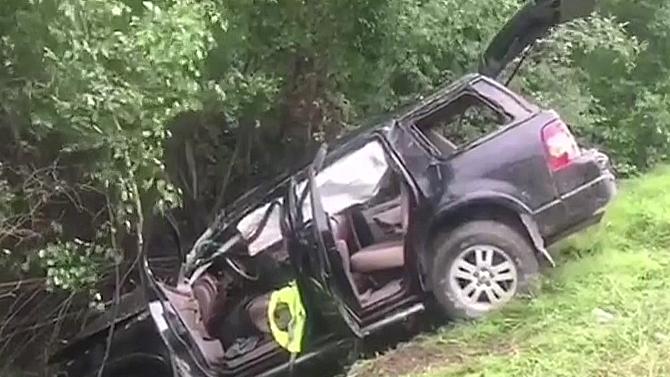 В Улан-Удэ на мокрой дороге несколько раз перевернулся Ford - погиб 16-летний пассажир автомобиля