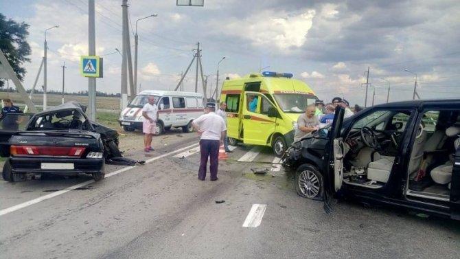 Два человека погибли, шестеро пострадали в ДТП на Кубани