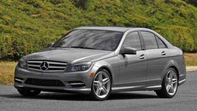 ВРоссии опять отзывают автомобили Mercedes-Benz
