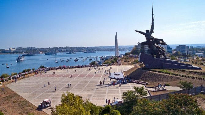 Многие жители Крыма рискуют остаться без машин