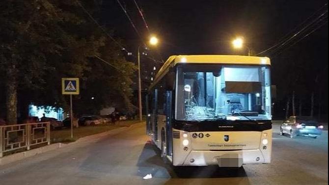 Женщина погибла после наезда автобуса в Уфе