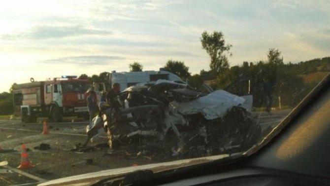 Три человека погибли в ДТП в Оленинском районе Тверской области
