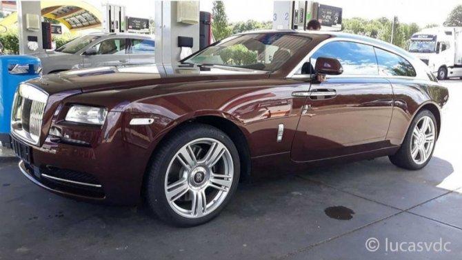 ВВеликобритании замечен универсал Rolls-Royce Wraith